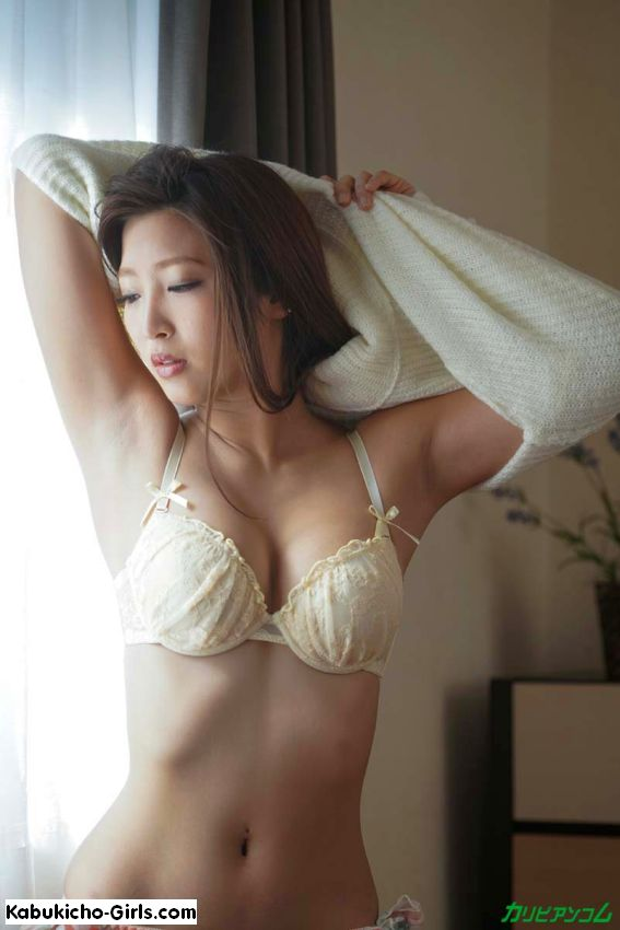 オリジナル動画, 美乳, 手コキ, クンニ, 顔射, 美脚, 美尻, Emiri Momota, pantyhose, sexy lingerie, high heels, sumata, reverse-cowgirl fuck, threesome, younger woman/older man, doggy-style fuck, natural boobs, uncensored, sex toys, blowjob, face sitting, leg fetish, foot fetish, licking feet, facial,