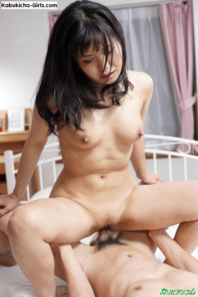 Jyuri Haruka, はるか樹里, riding her lover cowgirl style.